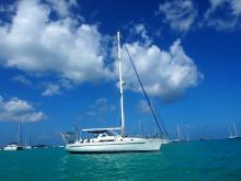 Bénéteau Oceanis 44 CC : At anchor in the Caribbean
